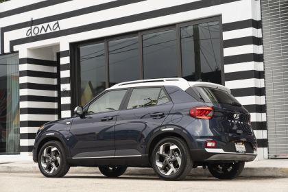 2020 Hyundai Venue 39