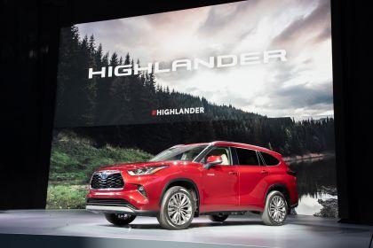 2020 Toyota Highlander Platinum AWD 11