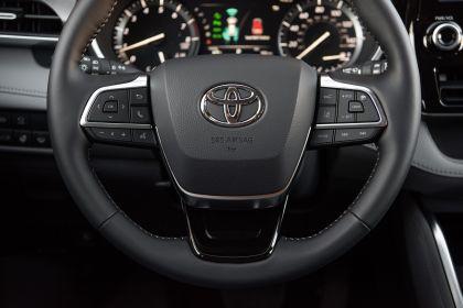 2020 Toyota Highlander Platinum AWD 22