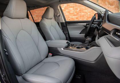 2020 Toyota Highlander Platinum AWD 26