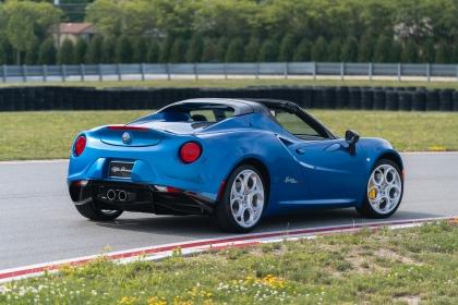 2020 Alfa Romeo 4C Spider Italia 3
