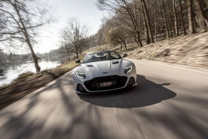 2019 Aston Martin DBS Superleggera Volante 3