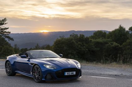 2019 Aston Martin DBS Superleggera Volante 55