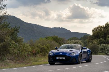 2019 Aston Martin DBS Superleggera Volante 97