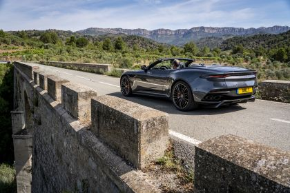 2019 Aston Martin DBS Superleggera Volante 216