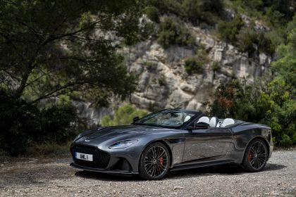 2019 Aston Martin DBS Superleggera Volante 228