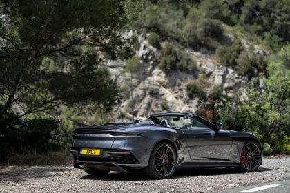 2019 Aston Martin DBS Superleggera Volante 261
