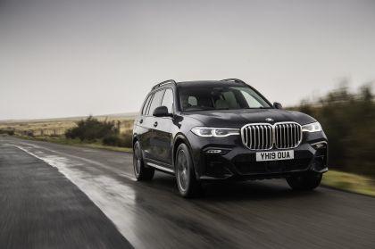 2019 BMW X7 xDrive 30d - UK version 3