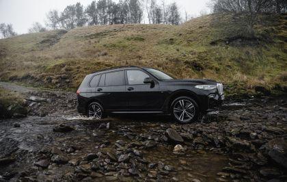 2019 BMW X7 xDrive 30d - UK version 11