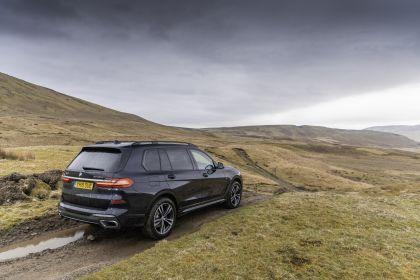2019 BMW X7 xDrive 30d - UK version 19