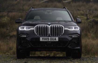 2019 BMW X7 xDrive 30d - UK version 35