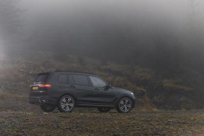 2019 BMW X7 xDrive 30d - UK version 38