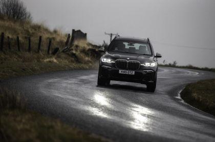 2019 BMW X7 xDrive M50d - UK version 1