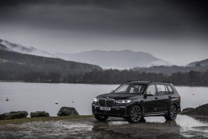 2019 BMW X7 xDrive M50d - UK version 5