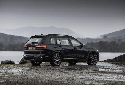 2019 BMW X7 xDrive M50d - UK version 9