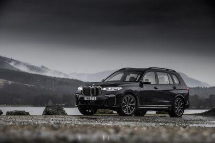 2019 BMW X7 xDrive M50d - UK version 11