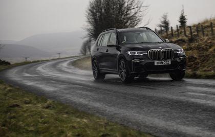 2019 BMW X7 xDrive M50d - UK version 14
