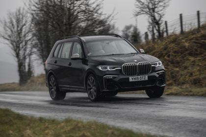 2019 BMW X7 xDrive M50d - UK version 15