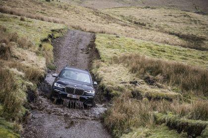 2019 BMW X7 xDrive M50d - UK version 19