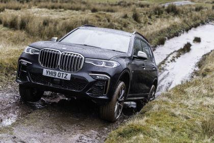 2019 BMW X7 xDrive M50d - UK version 22