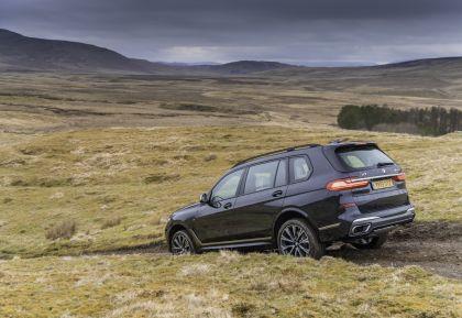 2019 BMW X7 xDrive M50d - UK version 25