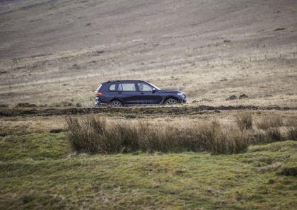 2019 BMW X7 xDrive M50d - UK version 29
