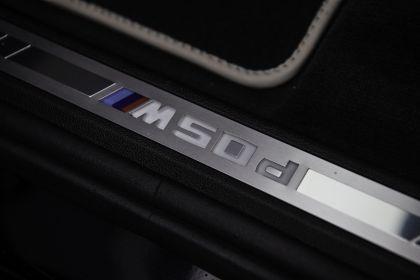 2019 BMW X7 xDrive M50d - UK version 37