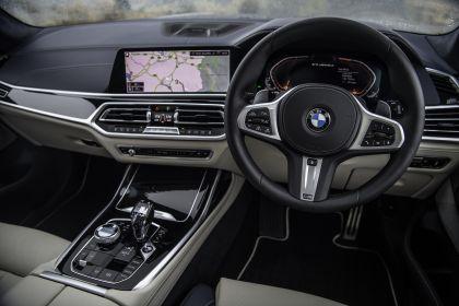 2019 BMW X7 xDrive M50d - UK version 42