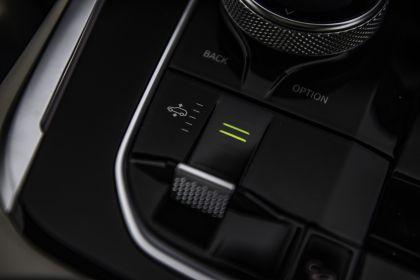 2019 BMW X7 xDrive M50d - UK version 46