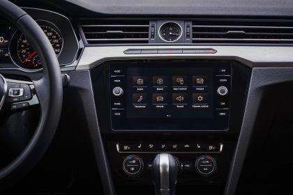2019 Volkswagen Arteon SE 14