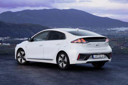 2019 Hyundai Ioniq Hybrid 5