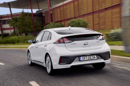 2019 Hyundai Ioniq Hybrid 15
