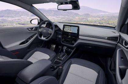 2019 Hyundai Ioniq Hybrid 23