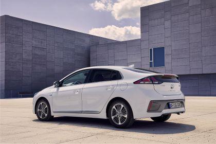 2019 Hyundai Ioniq Plug-In 2