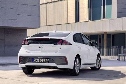 2019 Hyundai Ioniq Plug-In 4