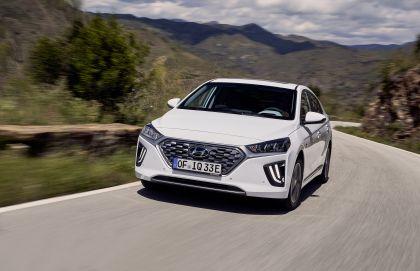 2019 Hyundai Ioniq Plug-In 8