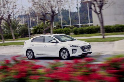 2019 Hyundai Ioniq Plug-In 11