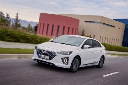 2019 Hyundai Ioniq Plug-In 13