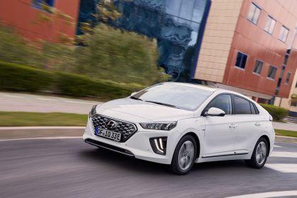 2019 Hyundai Ioniq Plug-In 14