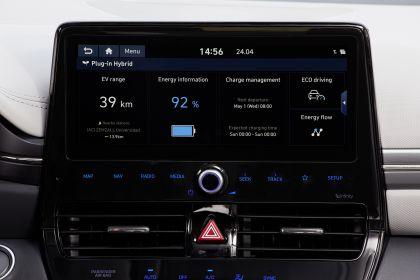 2019 Hyundai Ioniq Plug-In 24