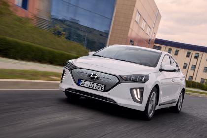 2019 Hyundai Ioniq Electric 10