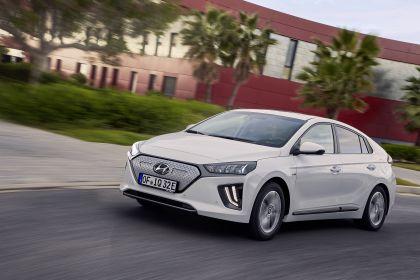 2019 Hyundai Ioniq Electric 13
