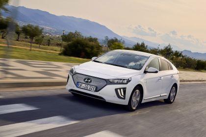 2019 Hyundai Ioniq Electric 16