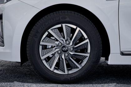 2019 Hyundai Ioniq Electric 22