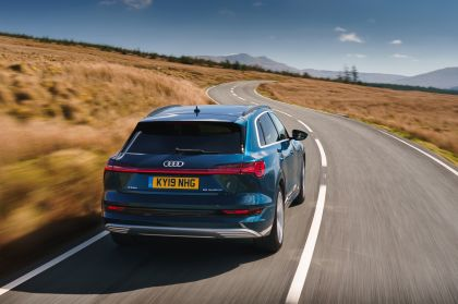 2019 Audi e-Tron - UK version 43