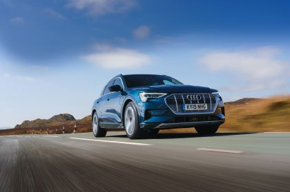 2019 Audi e-Tron - UK version 49