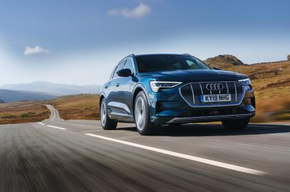 2019 Audi e-Tron - UK version 51
