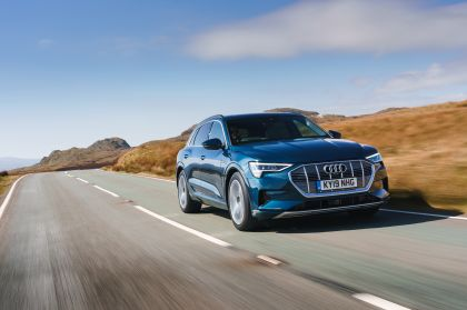 2019 Audi e-Tron - UK version 56