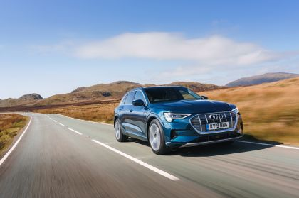 2019 Audi e-Tron - UK version 58