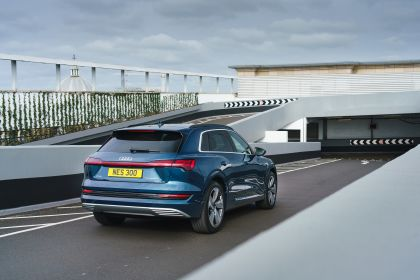 2019 Audi e-Tron - UK version 60